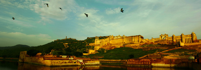 Classical North India Tour with Luxury Hotels